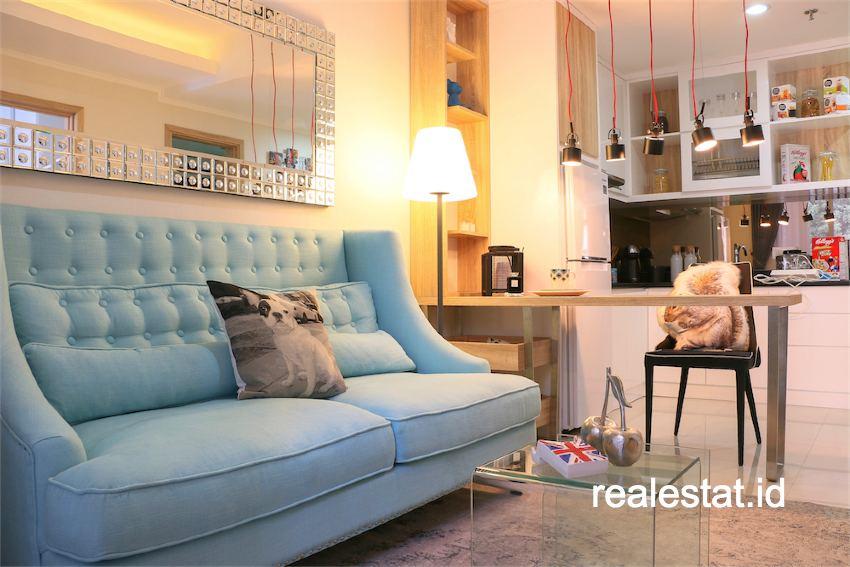 Show unit apartemen full furnished.
