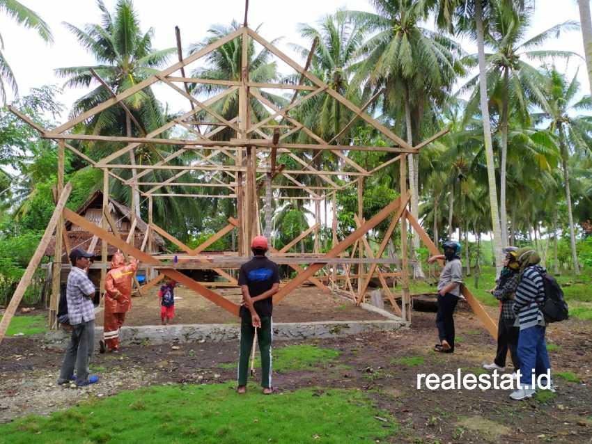 Program Bedah Rumah di Sulawesi Barat. (Foto: Dok. Kementerian PUPR)