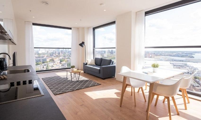Dengan penataan dekorasi yang tepat akan membuat unit apartemen terasa luas dan indah. (Foto: iamexpat)
