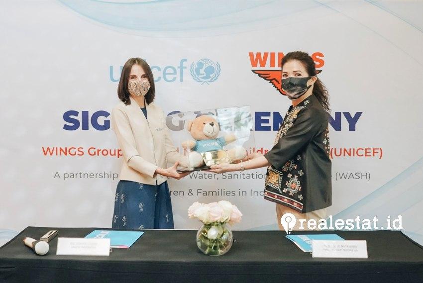 Kerjasama Wings Group dan UNICEF bertujuan untuk meningkatkan akses kesediaan sarana air, sanitasi dan kebersihan (Water, Sanitation and Hygiene) di antaranya sebagai langkah untuk mencegah penyebaran virus COVID-19 bagi anak-anak Indonesia.