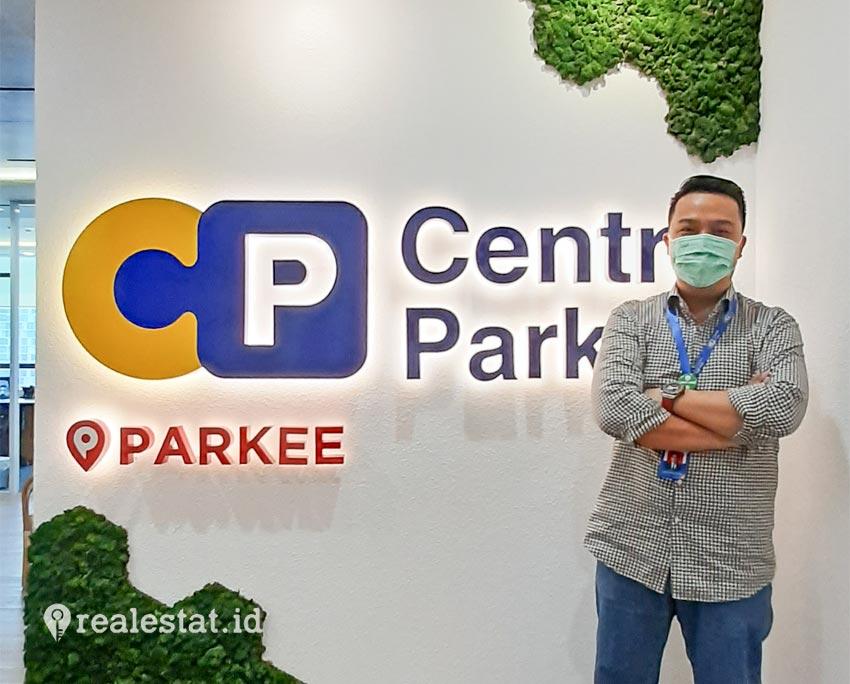 Charles R. Oentomo, Presiden Director PT Centrepark Citra Corpora.