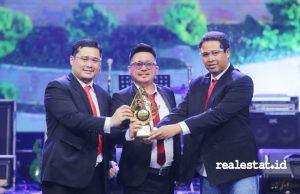 Winner Group dan Sapta Group dalam ajang Indonesia Property&Bank Award XV Tahun 2020.