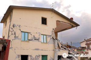 Rumah terdampak bencana alam. (Foto: Pixabay.com)