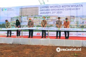 Prosesi Groundbreaking Living World Kota Wisata (Foto: Dok. Sinar Mas Land)