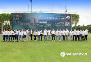 Para penerima penghargaan Marketing Award 2020 beserta jajaran Direksi dan Manajemen PT Modernland Realty Tbk. berfoto bersama disela-sela acara penganugerahan Marketing Award 2020.