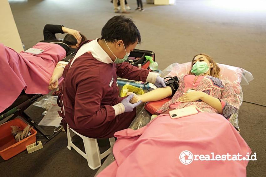 Kegiatan donor darah dalam rangka peringatan HUT PT Metropolitan Land Tbk ke-27. (Foto: Dok Metland)