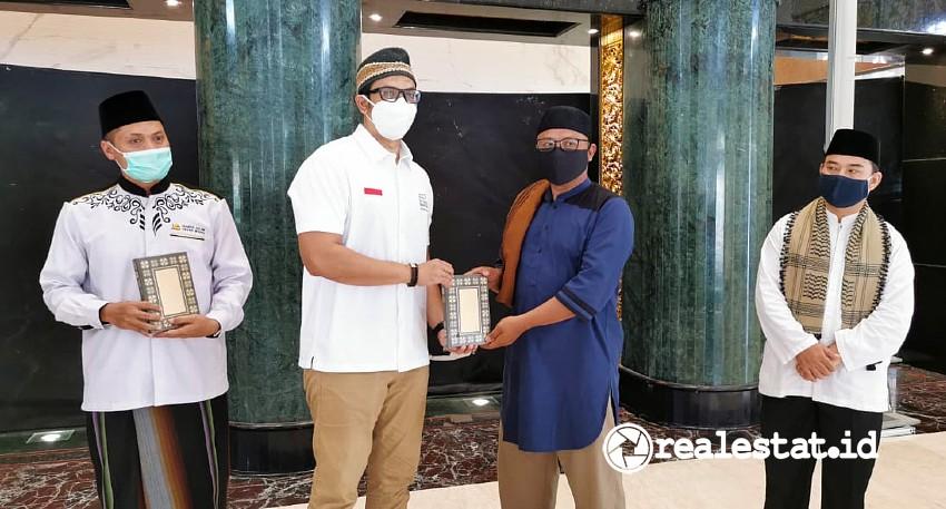 Yayasan Muslim Sinar Mas Land wakaf al quran grand wisata bekasi panji himawan realestat.id dok