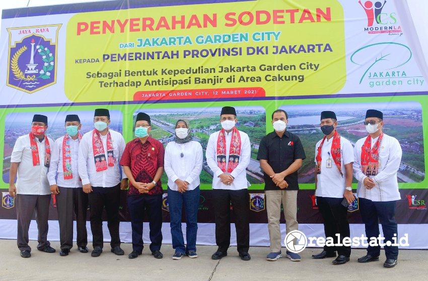 Acara penyerahan sodetan (crossing) Jakarta Garden City kepada Pemprov DKI Jakarta, Jumat, 12 Maret 2021.