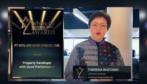 """Mengusung tema """"Inovasi, Vaksin Industri Lumpuhkan Corona"""", Urban City Awards 2021 digelar secara virtual Sabtu (3/4/2021) malam."""