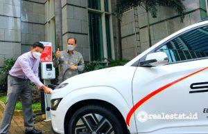 Jababeka menggandeng Starvo untuk menghadirkan stasiun pengisian kendaraan listrik umum (SPKLU).