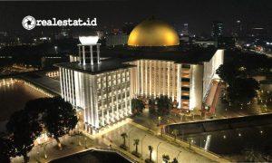Bangunan Masjid Istiqlal yang menggunakan pencahayaan dari Signify. (Foto: dok,Signify Indonesia)