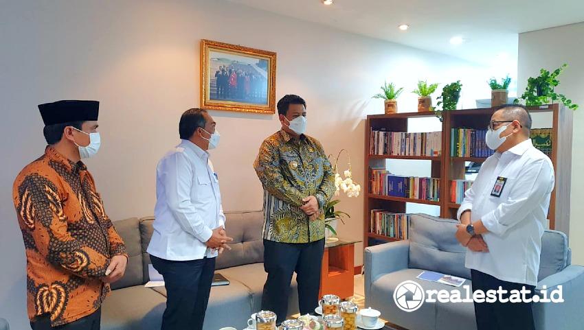 KemenPUPR siap bekerja sama dengan Pemerintah Kabupaten Samosir, Sumatera Utara, untuk menata hunian di kawasan tersebut.