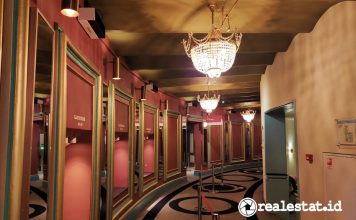 Luminer desinfeksi Philips UV-C upper air pemasangan di dinding untuk Teater Carré Amsterdam signify realestat.id dok