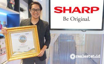 Pandu Setio Sharp Indonesia Top CSR of The Year 2021 realestat.id dok