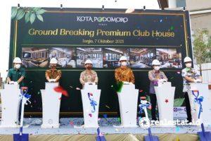 Prosesi Ground Breaking Club House Premium Kota Podomoro Tenjo.